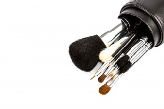 set-of-cosmetic-paint-brush-for-makeup_1232-2066.jpg